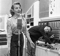 Dorothy Collins & Raymond Scott